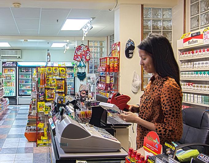 Gift-Shop-Sundries-Wyndham-Garden-Guam-3