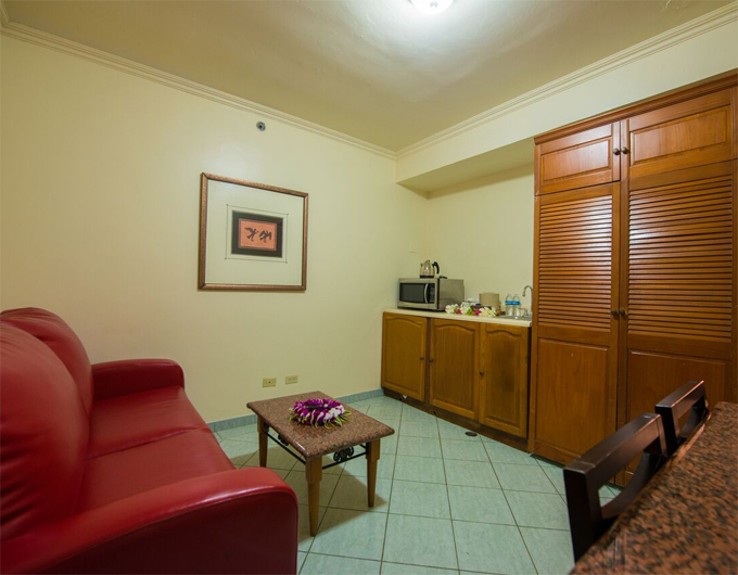 Living-Area-Studio-Suite-Wyndham-Garden-Guam-2