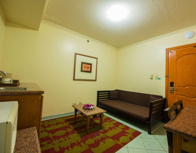 Living-Area-Studio-Suite-Wyndham-Garden-Guam-3