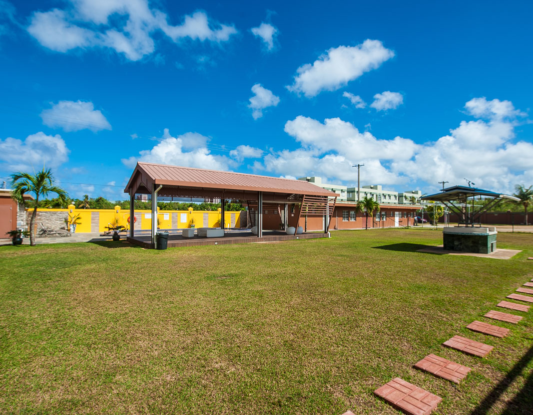 Grand-Lawns-Weddings-BBQ-Family-Get-togethers-Wyndham-Garden-Guam-4